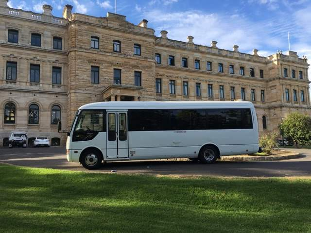 Beats Walkin Mini Bus Hire Northwest Coaches Charter Bus Sydney Corporate Transfers 8